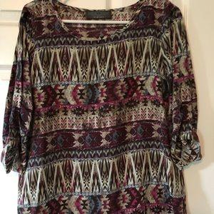Womens quarter sleeve Aztec shirt